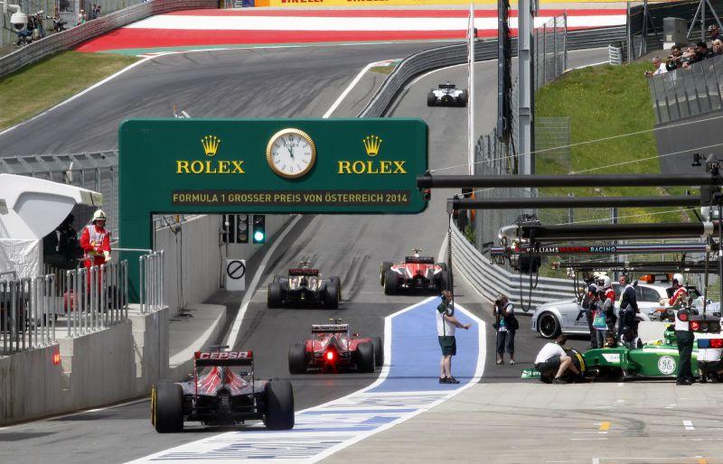Vettel: Nem vagyok hülye, tudom, hogy fogynak a versenyek! — F1VILÁkeszthelyipiac.hu